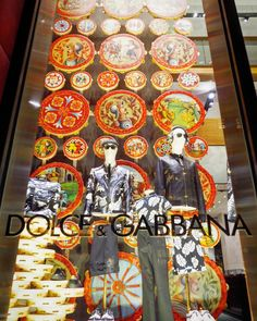 """DOLCE&GABBANA, 5th Avenue, New York, """"Some days I amaze myself... Other days I  look for my phone while I'm talking on it"""", photo by Lup6, pinned by Ton van der Veer"""