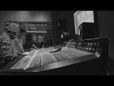 http://www.rockinpress.com.br/2014/05/06/rashid-e-kamau-juntos-em-videoclipe-e-ep/