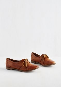 Leave it to you to take a classic shoe - like this pair of caramel-brown Rocket Dog Oxfords - and turn it absolutely chic with every wear! A fashionista like you can't help but appreciate these reliable, vegan faux-leather flats - especially when their minimal accents and familiar silhouette allow you to mix and match them with everything from a romper to a crisp blazer and pants.