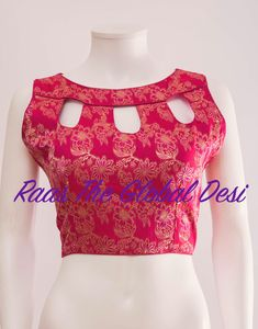 No photo description available – Artofit Saree Jacket Designs, Saree Blouse Neck Designs, Stylish Blouse Design, Blouse Designs Catalogue, Fancy Blouse Designs, Kurti Neck Designs, Saree Blouse Patterns, Lehenga Blouse, Lehenga Gown