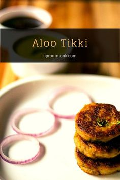 Craving for an evening snack? This classic Aloo Tikki recipe is one of my favorite Indian snacks! Enjoy it this chaat delicacy with a hot cup of tea or coffee. Bring Indian street food to the comfort of your own home! Lunch Snacks, Yummy Snacks, Delicious Desserts, Snack Recipes, Yummy Food, Tasty, Yummy Recipes, Vegetarian Recipes, Aloo Tikki Recipe