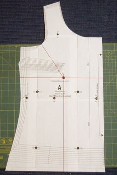 """FBA on Sorbetto with cup-size specific measurements. (NB: Pinner Claire-Sews says: """"BTW - Sarai the owner of Colette Patterns drafts her patterns for a C-cup, rather than a B-cup as you tend to get with the Big-4 pattern companies :)"""". )"""
