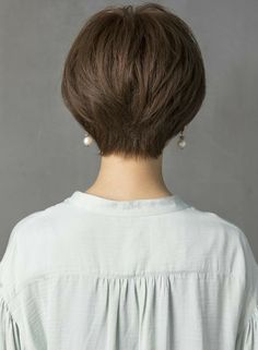 Pin on New hair Short Layered Haircuts, Haircuts For Fine Hair, Short Bob Hairstyles, Short Thin Hair, Short Hair With Layers, Short Hair Cuts, Shot Hair Styles, Haircut And Color, Medium Hair Styles