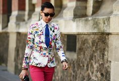 Masterful pattern mixing  (Tommy Ton for Style.com)