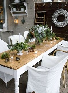 Decoration, Country Christmas Table Decorations Landscaping Ideas For Small Front Yard: Easy 18 Outdoor Christmas Table Decoration Ideas Christmas Table Settings, Christmas Tablescapes, Outdoor Christmas Decorations, Outdoor Decor, Winter Decorations, Outdoor Living, Christmas Lanterns, Holiday Tables, Holiday Decor