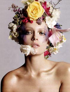 40 Ideas for makeup bridal natural floral crowns Beauty Shoot, Hair Beauty, Beauty Photography, Fashion Photography, Foto Fantasy, Art Visage, Foto Portrait, Flower Makeup, Floral Headdress