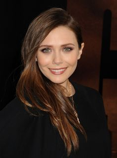 Picture of Elizabeth Olsen Elizabeth Chase Olsen, Elizabeth Olsen Scarlet Witch, Elizabeth Movie, Mary Kate Ashley, Mary Kate Olsen, Best Brunette Hair Color, Teresa Palmer, Hair Inspiration, Jessica Alba