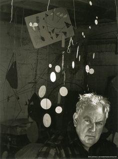 1957   Arnold Newman, Ritratto di Alexander Calder