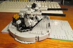 This multipurpose gun was installed during a 1947 refit. This gun can be used against air or surface targets. During the Korean war it was used against trains. Lego Military, Film Strip, Lego Design, Korean War, Photo L, Twins, Projects, Log Projects, Filmstrip