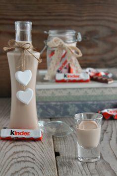 liquore al cioccolato kinder Limoncello, Pocket Coffee, Long Drink, Profiteroles, Iranian Food, Love Eat, Fondant, Food Gifts, Drinking Tea