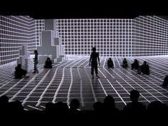 This viewer-centered performance detects all movements including those of the dancers and audience, allowing them to interact through visual effects. The audience becomes not just the viewer, but an active participant via the interactive projection mapping.