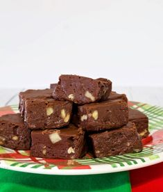 Hershey's Old Fashioned Cocoa Fudge - My Country Table Hershey Recipes, Fudge Recipes, Candy Recipes, Dessert Recipes, Pea Recipes, Mini Desserts, Christmas Desserts, Holiday Recipes, Baking Recipes