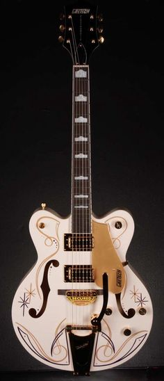 Gretsch G5422TDCG Limited Edition Pinstripe Hollow Body