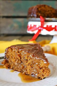 This sticky toffee pudding looks so good! I really want to make it, like yesterday.