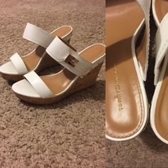 Tommy Hilfiger White & Gold wedges These wedges were worn once. There is very little to no wear on the bottom besides discoloration. Size 7.5! Tts. So cute and perfect for Spring!! #tommyhilfiger #tommyhilfigerwedges #wedges #whitewedges #wedgessize7.5 Tommy Hilfiger Shoes Wedges