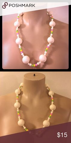 Vintage 1960s MOD Bubble Gum Necklace Kitsch Boho This is adorable ! True vintage 1960s era. Made of old plastic. vintage Jewelry Necklaces