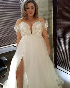 Plus Wedding Dresses, Maggie Sottero Wedding Dresses, Cute Wedding Dress, Plus Size Wedding, Bridal Dresses, Detachable Wedding Dress, Curvy Bride, Beautiful Gowns, Dream Dress