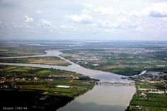 Aerial view several miles from Saigon - Photos by Thomas W. Johnson     http://viettelidc.com.vn