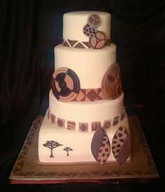This cake has some lovely detail African Wedding Cakes, African Wedding Theme, African Theme, Wedding Themes, Wedding Ideas, African Traditional Wedding, Traditional Wedding Cakes, Traditional Cakes, African Cake