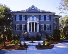 Yes! Thats the kind of staircase i want...without the columns...  Exterior Design, Curb appeal