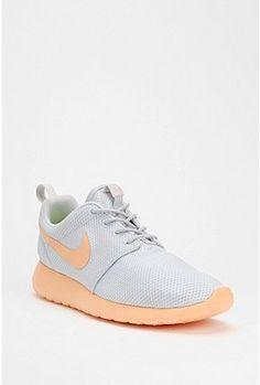 Nike Roshe Running Sneaker