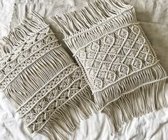 Macrame Curtain, Macrame Cord, Macrame Bag, Macrame Knots, Rope Decor, Boho Cushions, Weaving Designs, Macrame Design, Macrame Projects