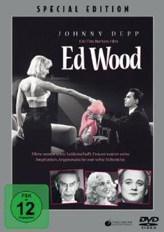 Ed Wood  1994 USA      Jetzt bei Amazon Kaufen Jetzt als Blu-ray oder DVD bei Amazon.de bestellen  IMDB Rating 8,0 (105.969)  Darsteller: Johnny Depp, Martin Landau, Sarah Jessica Parker, Patricia Arquette, Jeffrey Jones,  Genre: Biography, Comedy, Drama,  FSK: 12