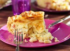 La tourte de pomme de terre et lardons de Marie-Laure Tombini. Une recette à suivre en vidéo.