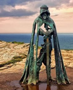 Roi Arthur, King Arthur, English Legends, Legend Of King, North Cornwall, Cornwall England, One Word Art, Bronze Sculpture, Geology