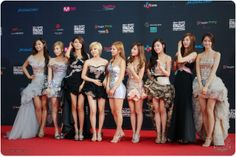 Girl's Generation (SNSD) at Red Carpet MAMA 2011   Kpop Star at red carpet