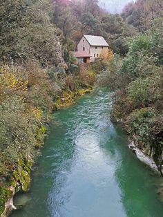 Río asturiano