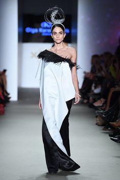 Μάξι φόρεμα ασπρόμαυρο με έναν ώμο One Shoulder, Formal Dresses, Collection, Fashion, Dresses For Formal, Moda, Formal Gowns, Fashion Styles, Formal Dress