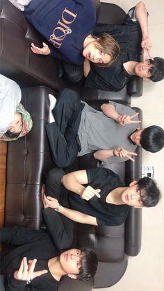 Ikon Kpop, Ikon Debut, Ikon Wallpaper, Bts Backgrounds, Hanbin, Day6, Yg Entertainment, Bobby, Boy Groups