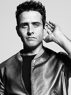 I totally wanted to marry him when I was 5!!! Joey McIntyre still has it going on!