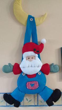 FIELTRO para coleccionar Vol.31 Especial de trabajos navideños Editorial DUVE  Ordénela con envío a domicilio en: 💻  www.editorialduve.mx  WhatsApp  📲+5215543425646  📲+5215561117118  #fieltro #navidad #manualidades Christmas Crafts, Christmas Decorations, Xmas, Holiday Decor, Felt Ornaments, Felt Crafts, Elf On The Shelf, Christmas Stockings, Recycling