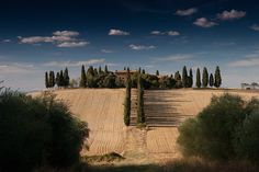 Tuscany Italy: Do-whatever-you-want high-resolution photo from Anton Sulsky on Unsplash.