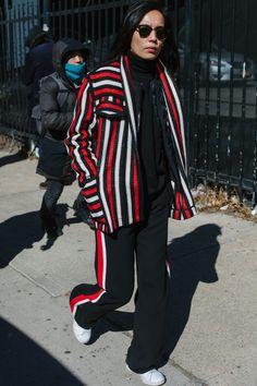 【スナップ】洗練された色使いで魅せる 2016-17年秋冬ニューヨーク・ファッション・ウイーク ストリートスナップ   SNAP   WWD JAPAN.COM