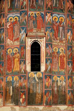 Moldovita Monastery, Southern Bucovina, Romania (by Ian Cowe) Religious Icons, Religious Art, Mural Painting, Mural Art, Fresco, Medieval Weapons, Medieval Art, Tempera, Cathedral Church