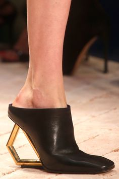 Céline Spring 2014 Ready-to-Wear - Details - Gallery - Style.com