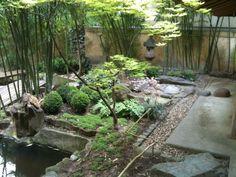 Le jardin japonais, une des annexes du musée Guimet situées au 19 avenue d'Iéna 75116 Paris