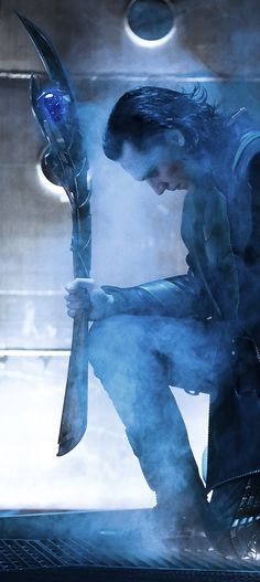 What if this was the position he was left in before he came from that dark planet? What if he was kneeling to Thanos!!!