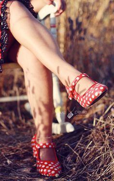 Like the red polka dots. Classy-looking shoes… Red Shoes, Cute Shoes, Me Too Shoes, Just Keep Walking, Zapatos Shoes, Shoe Gallery, Crazy Shoes, Fashion Shoes, Dots Fashion