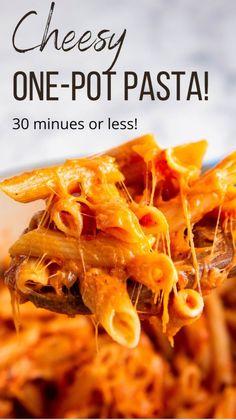 Italian Pasta Recipes, Yummy Pasta Recipes, Cheesy Recipes, Easy Dinner Recipes, Crockpot Recipes, Cooking Recipes, Healthy Recipes, One Pot Pasta, Food Tasting