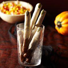 Pretzels au chocolat blanc et graines de citrouille - Super-Cute Halloween Desserts and Treats