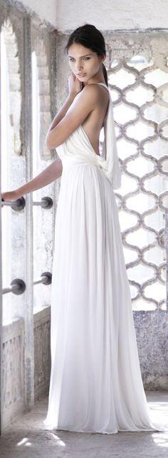 Amanda Wakeley.  Just white... *-*