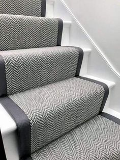 Good Pics grey Carpet Stairs Concepts One of many fastest approaches to revamp your tired old staircase would be to cover it with carpet. Grey Stair Carpet, Carpet Diy, Carpet Staircase, Staircase Runner, Carpet Decor, Hall Carpet, Beige Carpet, Basement Carpet, Cheap Carpet