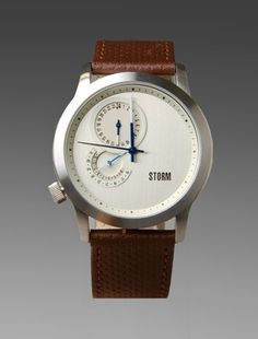 STORM WATCHES Darcy in White