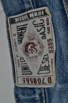 Diesel Jeans old glory renzo rosso wilbert das long john blog wouter munnichs denim jeans orange selvage selvedge handmade stiching shirt tshirt print authentic old repaired italy (19)