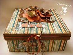 Resultado de imagem para caixa em mdf decorada com flores de papel e acessórios