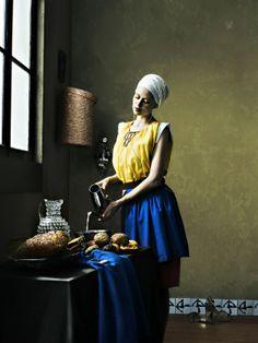 by Carli Hermes Rodney Smith, Tableaux Vivants, Portrait Photography, Fashion Photography, Johannes Vermeer, Getty Museum, Arte Pop, Funny Art, Mona Lisa